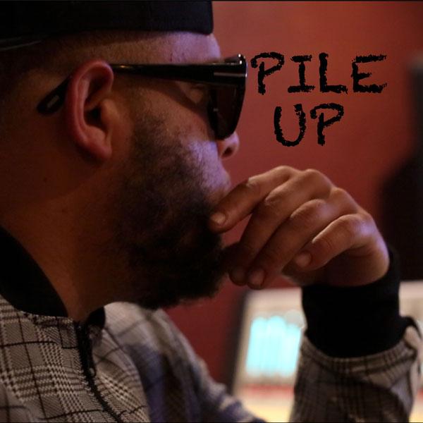 Creole Kang – Pile Up